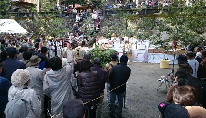miesekiji-temple-gomataki1